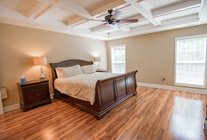 master bedroom, wood floor, fancy, mountain house, vacation home, 44 viburnum way, pine mountain ga, housing, john bunn realty