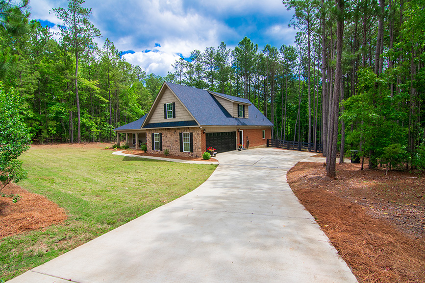 side view of 44 virburnum way, pine mountain ga, john bunn realty, ga, houses for sale