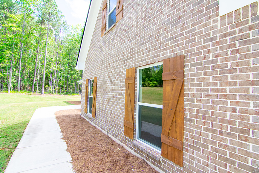 Home Near Callaway Gardens, brick houses, sidewalk, pine mountain ga, john brunn realty