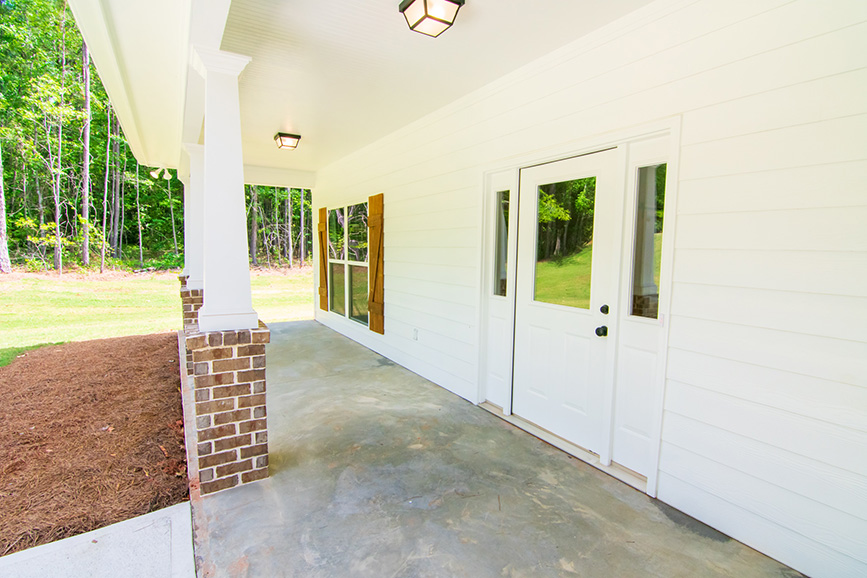 Home Near Callaway Gardens, john brunn realty, white odern.