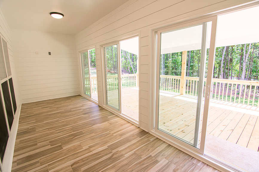 Home Near Callaway Gardens, pine mountain ga, porch, window, hard wood floor, sliding door, john brunn realty, pine mountain ga