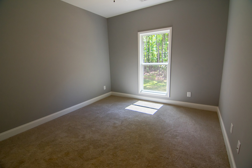 74 Viburnum way, pine mountain ga, wide open room, carpeted room, window, john brunn realty
