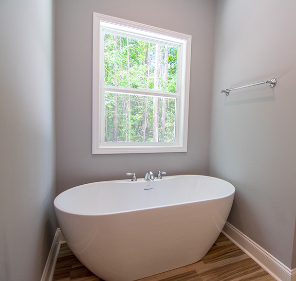 74 Viburnum Way, Pine Mountain, GA, bathtub, new house, realty, john brunn, pine way