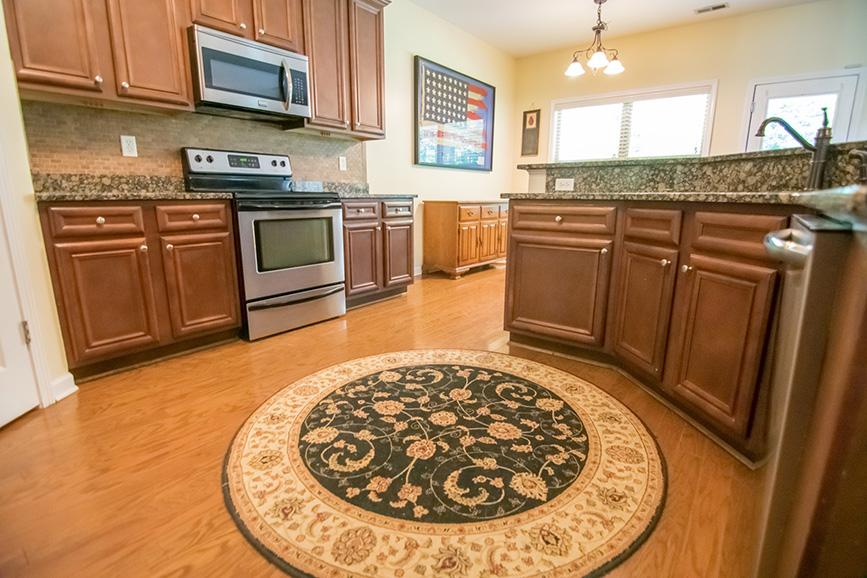 john bunn realty realtor cabinets kitchen rug