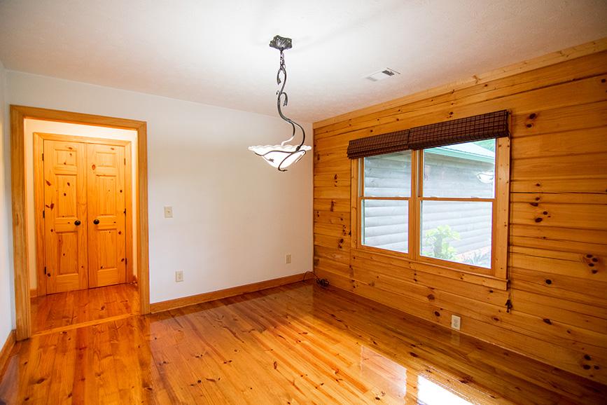 All wood floorings in a house at hamilton ga realtor