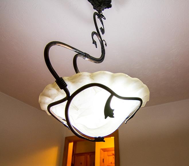 John bunn realty light fixture in a beautiful home near hamilton ga