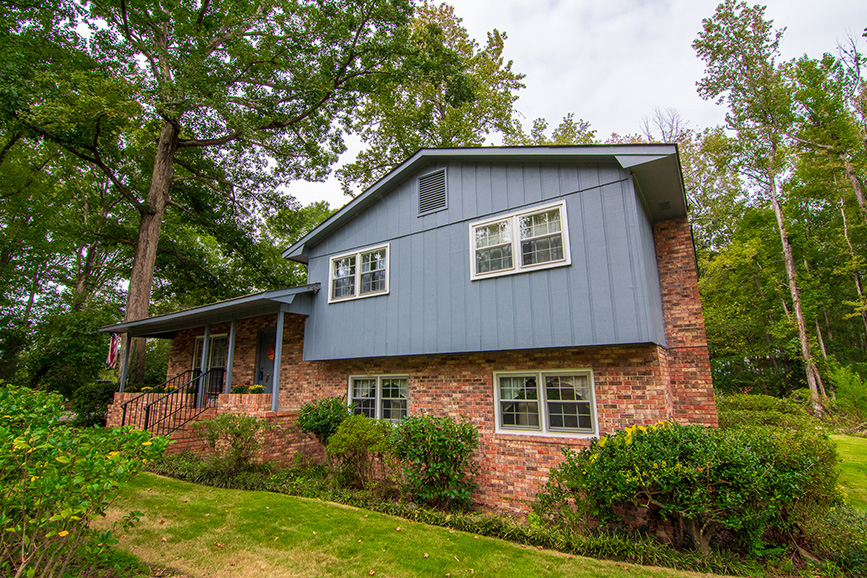 John Bunn realty has a house for sale in ellerslie ga with a forested area