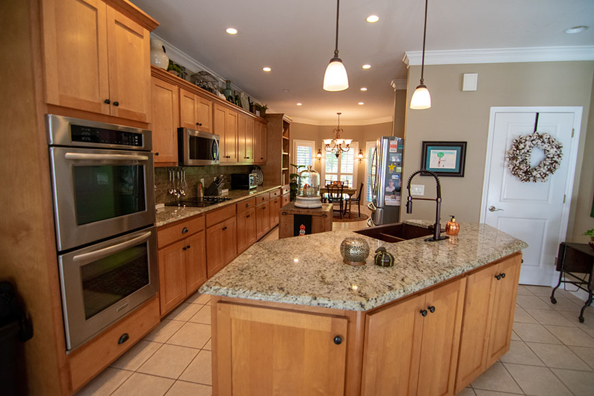 full kitchen view john bunn realty harris county ga