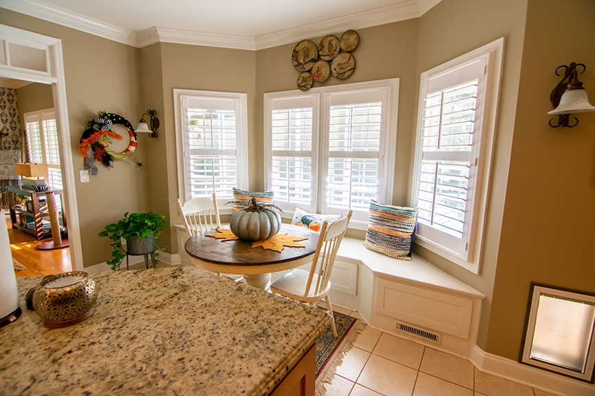 small dining area in kitchen house for sale harris county ga